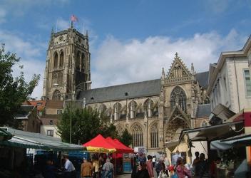 Grand marché O.l.V.-Basiliek (Tongeren)