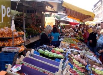 Petit marché des produits de base (Visé)