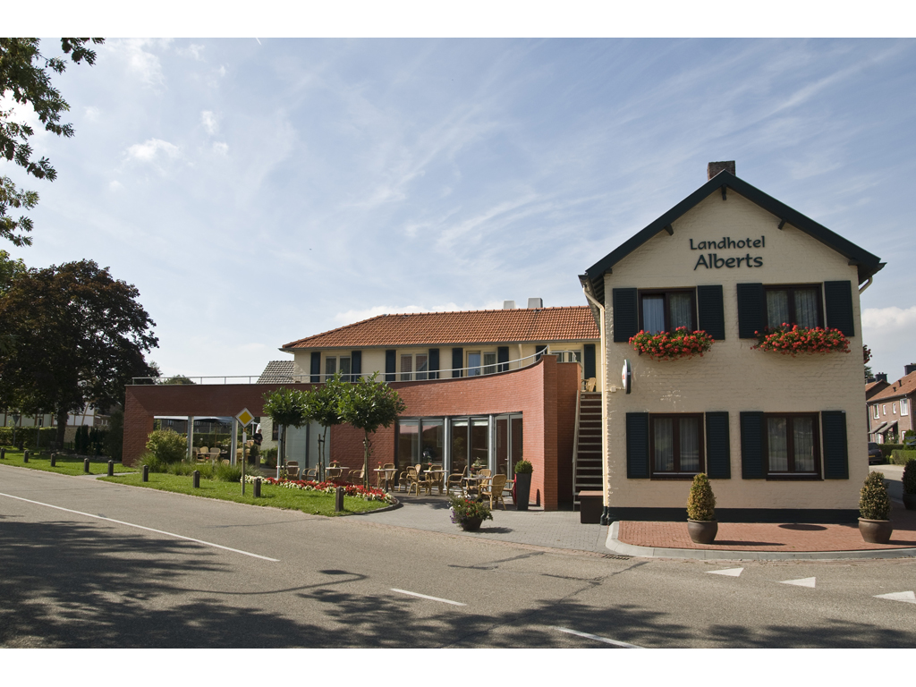 Landhotel Alberts – 29 pers. (15 chambres)