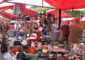 Antique- and flea market (Maastricht – NL)