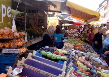 Kleine warenmarkt (Eijsden – NL)