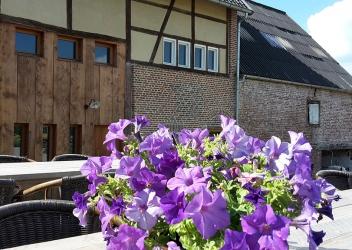 vakantiehuis Middelhof (gîte 32 pers. 13 chambres)